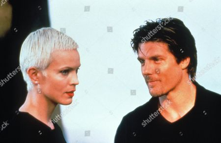 Highlander: The Raven ,  Elizabeth Gracen,  Paul Johansson