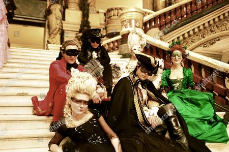 Marie Antoinette,  Sebastian Armesto,  Kirsten Dunst,  Al Weaver,  Jason Schwartzman,  Mary Nighy,  Rose Byrne