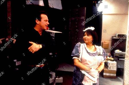Roseanne (On Set),  Roseanne Barr,  Tom Arnold