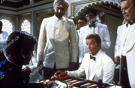 Octopussy (James Bond),  Louis Jourdan,  Kabir Bedi,  Roger Moore