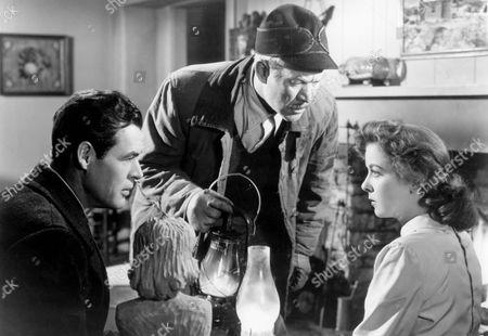 On Dangerous Ground,  Robert Ryan,  Ward Bond,  Ida Lupino