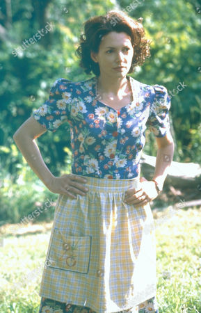 Stock Picture of Run The Wild Fields,  Joanne Whalley-kilmer