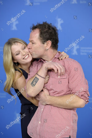 Ashley Hinshaw, Stephen Elliott