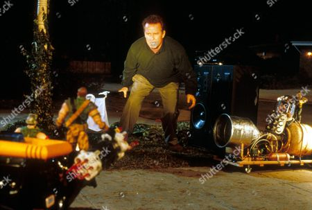 Small Soldiers,  Phil Hartman