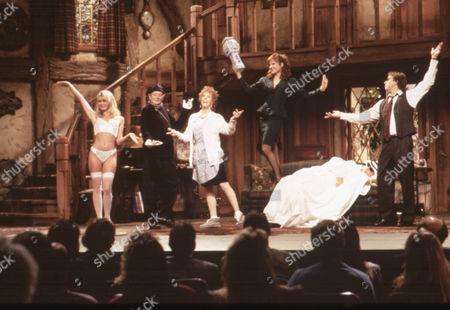 Noises Off,  Nicolette Sheridan,  Denholm Elliott,  Carol Burnett,  Marilu Henner,  Christopher Reeve,  John Ritter