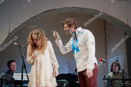 'A Midsummer Night's Dream' - Victoria Moseley (Hermia) and John Lightbody (Lysander)