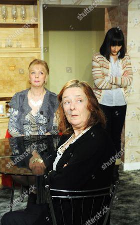 Ruth Sheen as Maureen, Linda Bassett as Doreen, Jade Williams as Shelley
