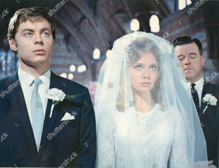 The Family Way,  Hywel Bennett,  Hayley Mills