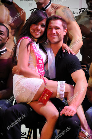 Jake Pavelka, Chippendales and audience member