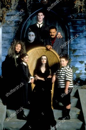 The New Addams Family ,  Betty Phillips,  Nicole Fugere,  Michael Roberds,  John Desantis,  Ellie Harvie,  Glen Taranto,  Brody Smith