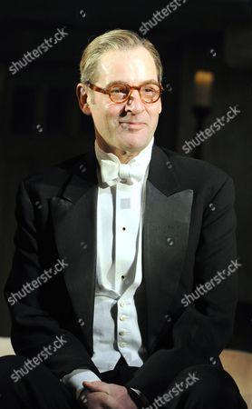 'Hay Fever' - Jeremy Northam as Richard Greatham