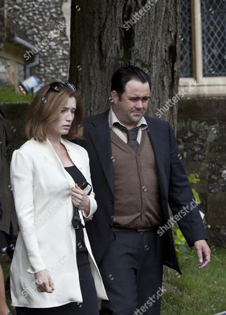 Samantha Coughlan as Helen Mitchell and Celyn Jones as DS Paul Barolli