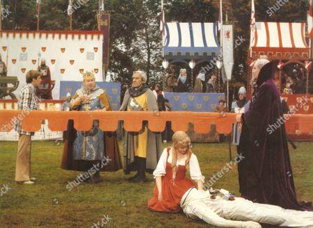 The Spaceman And King Arthur,  Kenneth More,  John Le Mesurier,  Sheila White,  Ron Moody