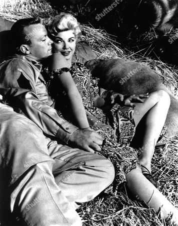 The Naked And The Dead,  Aldo Ray,  Barbara Nichols