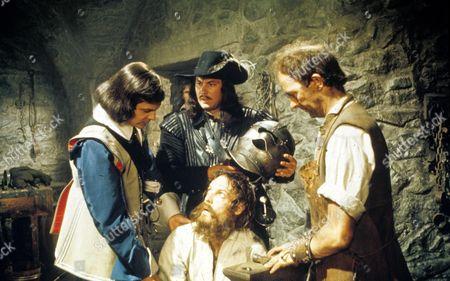 The Man In The Iron Mask ,  Louis Jourdan,  Richard Chamberlain