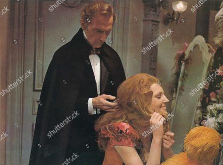 The Creeping Flesh,  Peter Cushing and Jenny Runacre