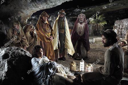 The Nativity Story, Ted Rusoff, Keisha Castle-hughes, Nasim Sawalha, Stephan Kalipha, Eriq Ebouaney, Oscar Isaac