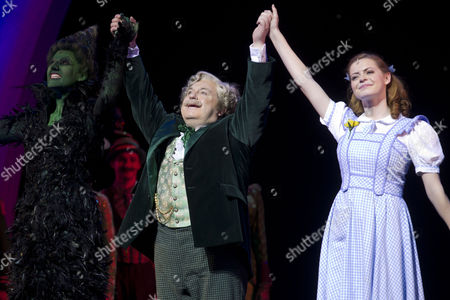 Editorial photo of 'The Wizard of Oz' musical new cast performance, The Palladium, London, Britain - 01 Mar 2012