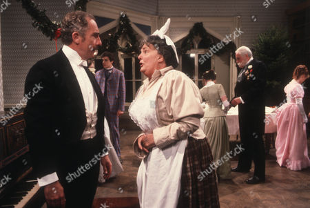 Nigel Hawthorne as The Hon. Vere Queckett and Pamela Cundell as Jane Chipman
