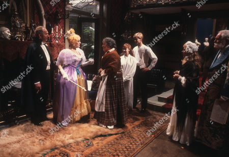Nigel Hawthorne as The Hon. Vere Queckett, Eleanor Bron as Miss Dyott and Pamela Cundell as Jane C