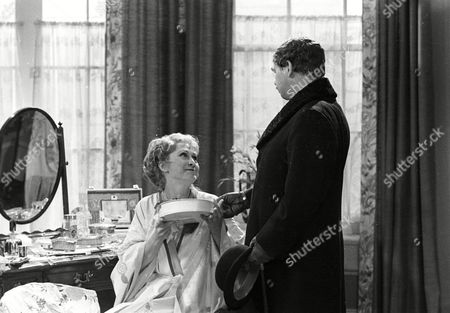 Felicity Kendal as Victoria and Ronald Lacey as Leicester Paton