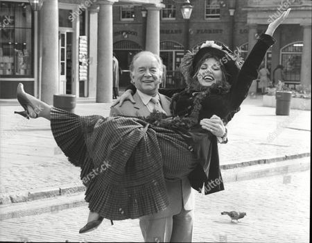 Actors Caroline Villiers And Tony Britton Co-stars In Theatrical Musical 'my Fair Lady'.