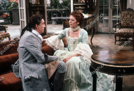James Villiers as Esteban and Diana Rigg as Eloise