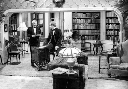 Hugh Williams as Lord Grenham and Corin Redgrave as Willie Tatham