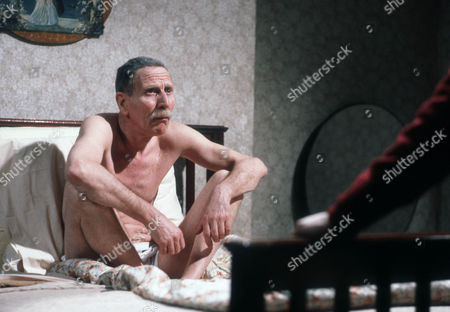 Alfred Burke as Harry