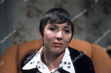 Fiona Walker as Janet