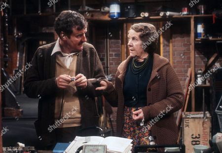 Richard Briers as Dennis and Constance Chapman as Marjorie