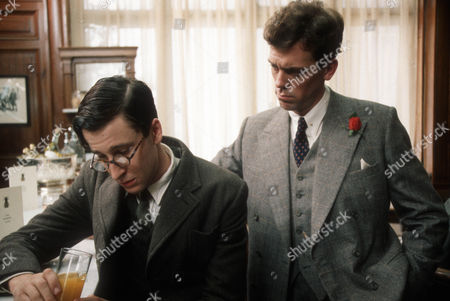 Stock Image of Richard Garnett as Augustus 'Gussie' Fink-Nottle and Hugh Laurie as Bertie Wooster
