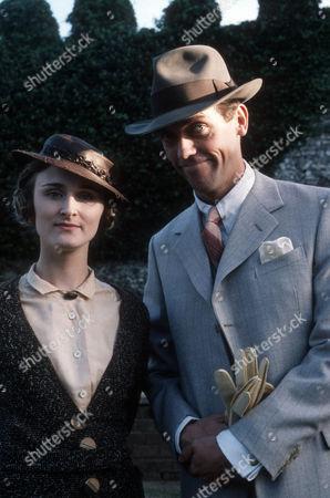 Rebecca Saire as Aline Hemmingway and Hugh Laurie as Bertie Wooster
