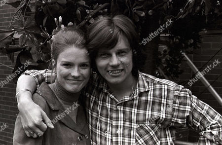 Frazer Hines as Joe Sugden and Lynn Dalby as Ruth Merrick