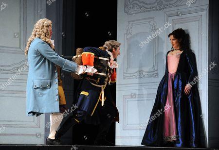 Andrew Slater as Dr Bartolo, Nicholas Sharratt as Count Almaviva, Kitty Whately as Rosina