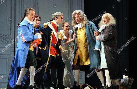 Nicholas Sharratt as Count Almaviva, Andrew Slater as Dr Bartolo