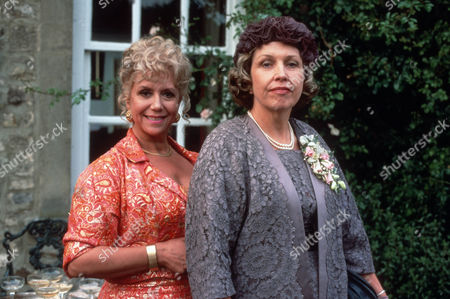 Stock Image of Diane Langton as Ruby Rowan and Anne Reid as Aunt Alison