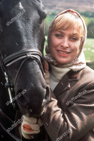 Carol Royle as Lady Patricia Brewster