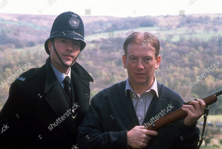 Stock Picture of Nick Berry as PC Nick Rowan and John Salthouse as Richard Ealham