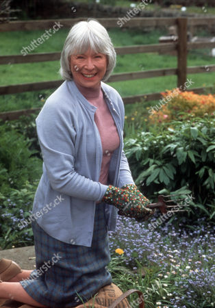 Stock Photo of Anne Stallybrass as Eileen Reynolds