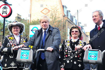 Boris Johnson, Marcus Agius, chairman of Barclays and Pearly Queens