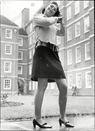 Virginia Ironside Journalist In Short Skirt 1966.