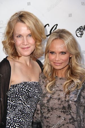 Stock Photo of Erin Dilly and Kristin Chenoweth