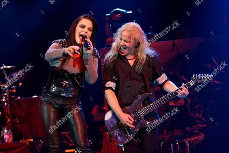 Nightwish - Anette Olzon and Emppu Vuorinen