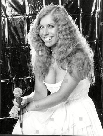 Singer Judie Tzuke - 1978
