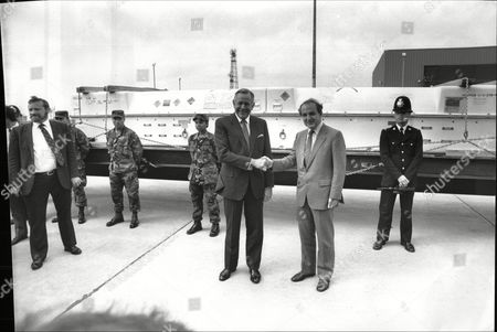 Defence Secretary George Younger (r) And The United States Ambassador Charles Price At Raf Molesworth As The First Two Cruise Missiles Leave Britain For Destruction In America