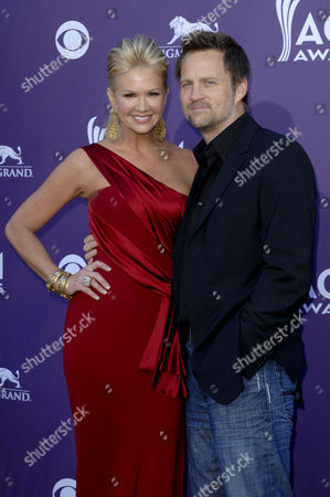 Nancy O'Dell & husband Keith Zubulevich