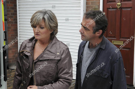 Pam Hobsworth [Kate Anthony] and Kevin Webster [Michael Le Vell]