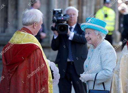 Stock Image of The Dean of York Dr Keith Jones and Queen Elizabeth II