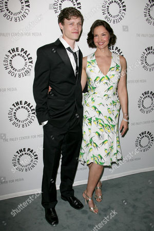 Nick Eversman and Ashley Judd